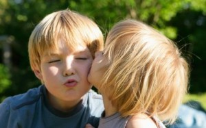 Kiss Girl Boy In School http://www.ticketsarasota.com/2011/11/25 ...