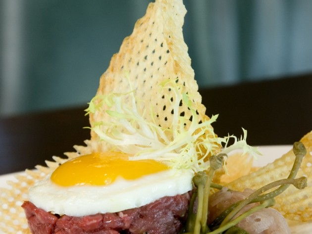 Steak tartar at CdZ. (Photo provided)
